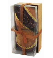Χριστουγεννιάτικες Πλαστικές Καφέ Βελούδινες Μπάλες με Μπορντώ Ύφασμα και Χρυσές Λεπτομέρειες, 10cm (Σετ 2 τεμ)