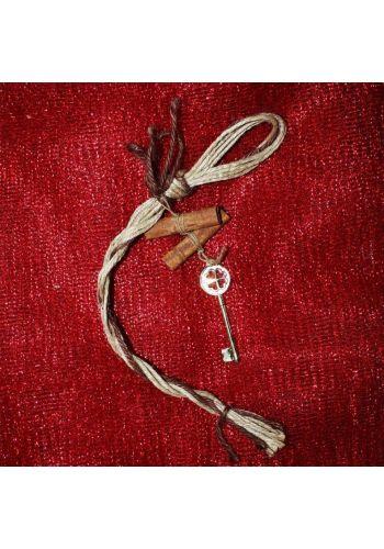Χριστουγεννιάτικο Κρεμαστό Γούρι με Χρυσό Κλειδί και Ξυλάκια Κανέλας, 24cm